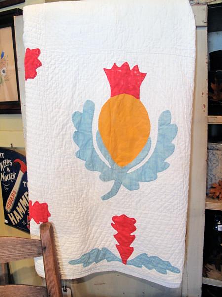 Vintage Applique Pineapple Quilt