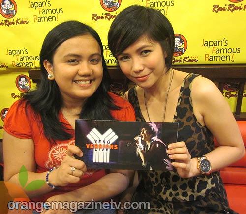 Orange Magazine TV correspondent Ria Hazel with Yeng Constantino