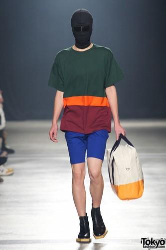 Banal-Chic-Bizarre-Menswear-Japan-Fashion-Week-2012-SS-019-600x900