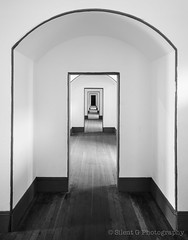 Shining Fort Point (Silent G Photography) Tags: sanfrancisco california ca blackandwhite bw lines vertical architecture interior symmetry goldengatebridge fortpoint presidio hallways reallyrightstuff rrs nikond7000 nikkor1635mmf4 markgvazdinskas silentgphotography