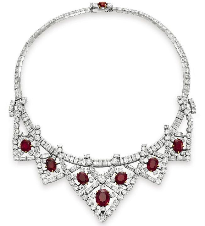 3d6fc5b6cb7 The Legendary Jewels   of Elizabeth Taylor sale at Christie s ...