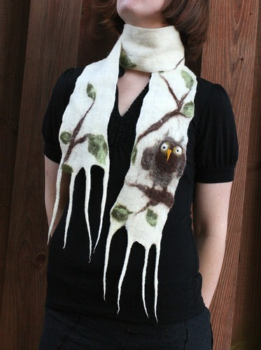 Owl Scarf with Leaves