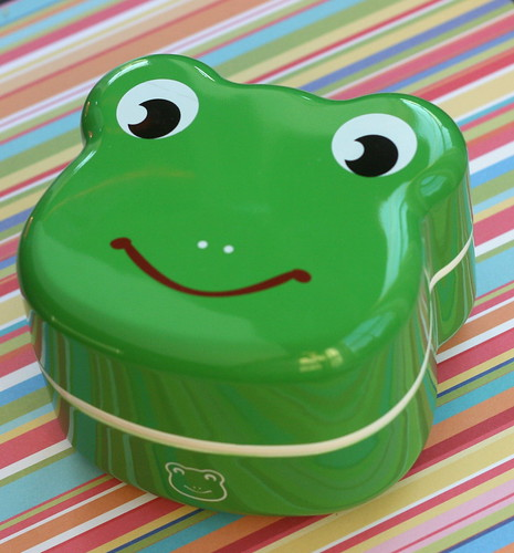 froggie face bento box