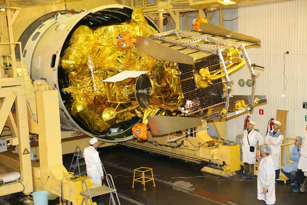Fobos-Grunt - mission russe sur l'étude de Phobos - Page 9 6313132474_2c602caa6b_b