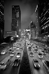 Rainy Rush Hour (Ding Yuin Shan) Tags: leica city blur blackwhite moody cityscape traffic hong kong rainy rush hour wan chai cv m9 21mm