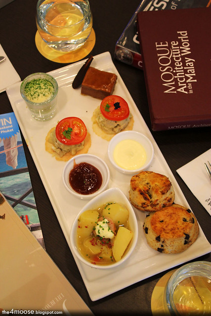 the connoisseur concerto - November Afternoon High Tea
