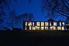 Abendliches Training / Late-Night Workout (picture!dude) Tags: blue architecture night shot nacht aachen hour architektur dri hdr nachtaufnahme aixlachapelle blaue stunde