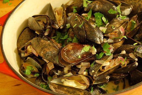 Spicy Smoky Mussels