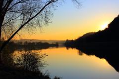 When the sun begins to hide (Smetaner) Tags: sunset sunlight lake tree reflections paradise romantic sundows worldwidelandscapes natureselegantshots panoramafotogrfico mygearandme