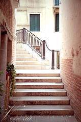 flight of steps (Chiara De Bernardi) Tags: venice panorama muro scale wall stairs palace stairway views walls mura glimpse palazzo venezia scorcio veneto scalinata nikond90