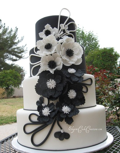 Modern Black White Wedding Cake The Leather and Lace Cake
