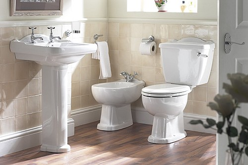 Lecico Alexandra Complete Bathroom Suite with Free Standing Bath and Bath Shower Mixer