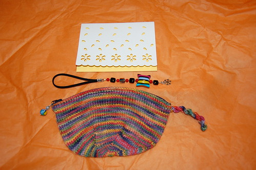 Knitted pouch, scissor fob and card from Ann in Scotland.