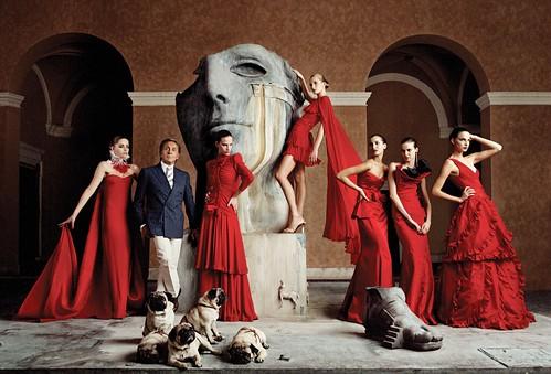 Valentino-vestidos-rojos-y-carlinos