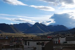 View from Shigar/New Tingri (sunbern) Tags: china mountain religion culture tibet tradition himalaya tar occupation shekar newtingri shigar tibetanautonomousregion