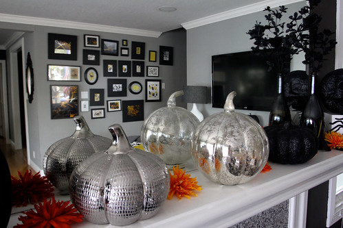 halloween decor 2011