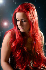 RED (SteinaMatt) Tags: red portrait photoshop matt hair lens nikon september flare bjrk 28 mm nikkor portrett 1755 sunna 2011 steinunn steina cs5 d7000 matthasdttir