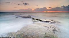 Amanecer en Cabo Cervera (Carlos J. Teruel) Tags: longexposure espaa sol sunrise mar nikon paisaje alicante amanecer nubes torrevieja d300 filtros 2011 cabocervera tokina1116 xaviersam singhraynd3revgrad leebigstopper