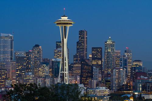 無料写真素材, 建築物・町並み, 都市, 塔・タワー, 夜景, 風景  アメリカ合衆国, シアトル, スペースニードル