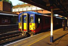 RD06902.  455 EMU at Weybridge. (Ron Fisher) Tags: emu alltypesoftransport 455class