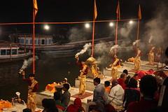 Varanasi, ganga aarti (Arian Zwegers) Tags: india night worship buddhism offering varanasi ritual shiva 2008 hinduism salvation kashi pilgrimage puja ganga ganges banaras aarti aarthi benares gangesriver arathi uttarpradesh jainism gangaaarti arati religiousritual spiritualcapital saptapuri worshipofshiva