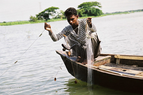 Small-scale fisheries, Bangladesh. Photo by CBFM-Fem Com Bangladesh, 2006