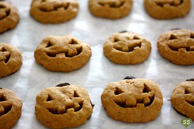 Diamonds for Dessert: Jack-o'-Lantern Cookies