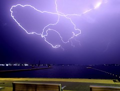 Squiggler (pominoz) Tags: lake storm belmont nsw lakemacquarie lighning