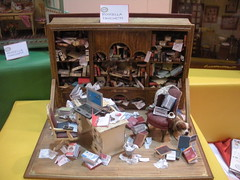 A.D.M.I.'s miniature - Messy library