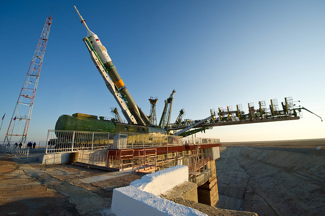Expedition 29 Soyuz Rollout (201111110016HQ)