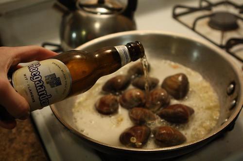 Hoegaarden Clam Sauce