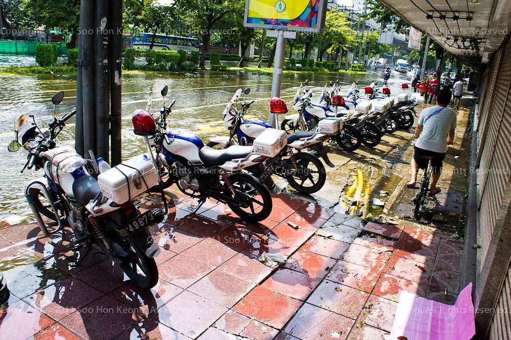 Bangkok Flood @ Bangkok, Thailand