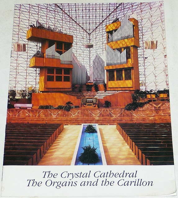 CRYSTAL CATHEDRAL Organs And Carillon Guide