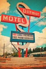 The Biltmore () Tags: street urban usa color sign america photography photo washington cool interesting highway phone view cross state pacific northwest image artistic united picture free motel cable nostalgia photograph 99 sound processing movies nostalgic americana sw states roadside googie hbo puget midcentury biltmor