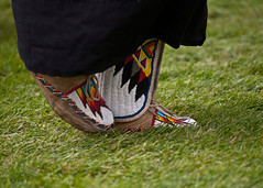 Footsteps007 (Ridley Stevens Photography) Tags: family wow fun dance skins spokane dancing native indian traditional feathers american wa tradition pow encampment riverfrontpark beadwork moccasins powwow footwork spokanetribe spokanefallsencampmentandpowwow