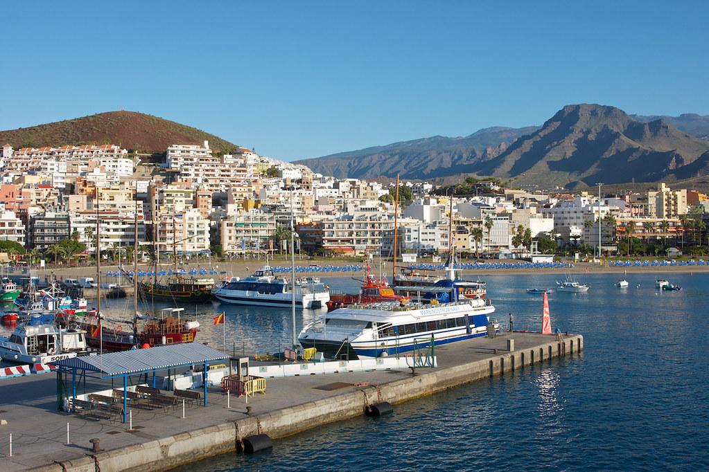 Puerto de Los Cristianos / Los Cristiano by josem.rus, on Flickr
