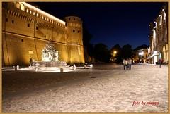 cesena.....la rocca (mazza61) Tags: canon eos italia piazza fontana castello paesaggio citta notturno cesena paese
