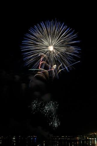 11-FireworksRedBank-5908