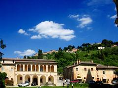 Difronte San Biagio (Birnardo) Tags: panorama italia basilica siena montepulciano toscana soe sanbiagio digitalcameraclub ristoro bellitalia flickrestrellas flickrunitedaward