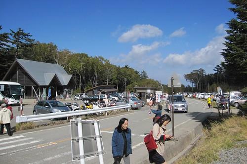 白駒池入口駐車場 2011年10月7日 by Poran111