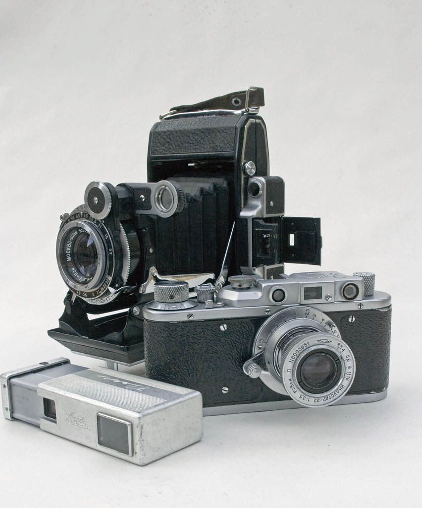 Ikonta, Leica ll and Minolta 16 They Have Something in Common