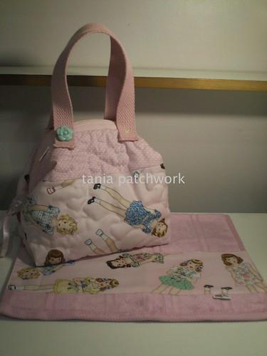 Bolsinha e toalhinha de mão Bonecas by tania patchwork