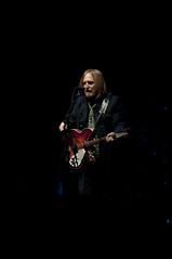 "Tom Petty & The Heartbreakers, Oracle Appreciate Event ""Legendary"", JavaOne 2011 San Francisco (yuichi.sakuraba) Tags: java concert live performance legendary javaone tompetty  theheartbreakers  javaonesanfrancisco appreciateevent javaone2011 javaone2011sanfrancisco oracleappreciateevent tomepettytheheartbreakers"
