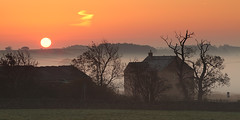 Yorkshire Farmhouse (rgarrigus) Tags: morning autumn england mist fog farmhouse sunrise landscape yorkshire foggy farmland backlit contrejour backlighting sfumato fewston greatphotographers isty garrigus robertgarrigus robertgarrigusphotography