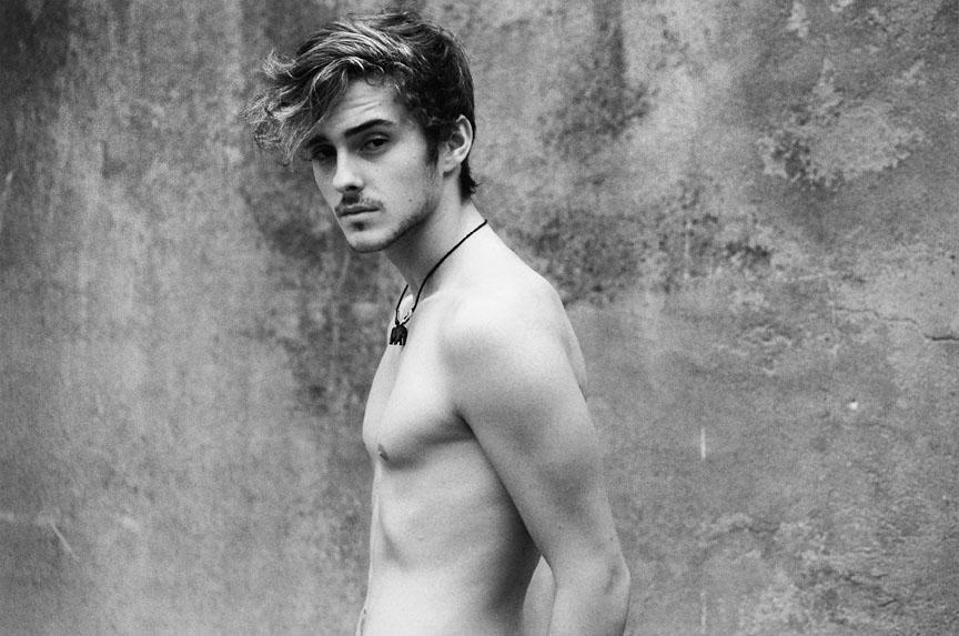 Alex Watson0031(Homme Model)