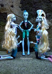 My Lagoonas welcome Gil (Nataloons) Tags: blue monster high doll gil webber mattel lagoona lagoonablue gillington monsterhigh gilwebber