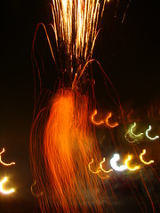 lumires de Diwali (Adrakk) Tags: india festival fireworks cracker diwali firecracker ptard inde feudartifice pataka dipavali