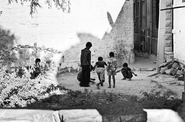 Children of India 6291146056_658aee0909_z