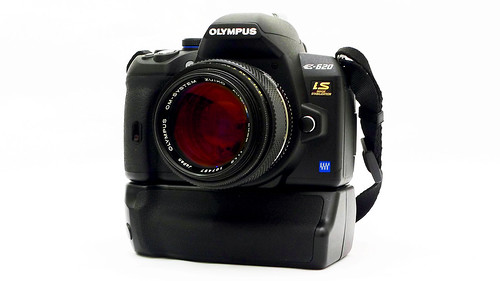 Olympus E-620 on HDL-5 like Grip