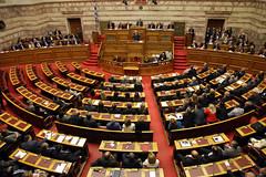 В  Греции упал сбор налогов перед выборами